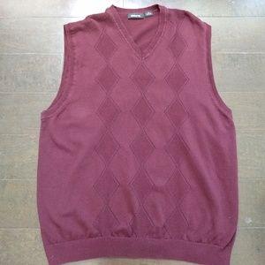 Claiborne | Sweater Vest Maroon Argyle